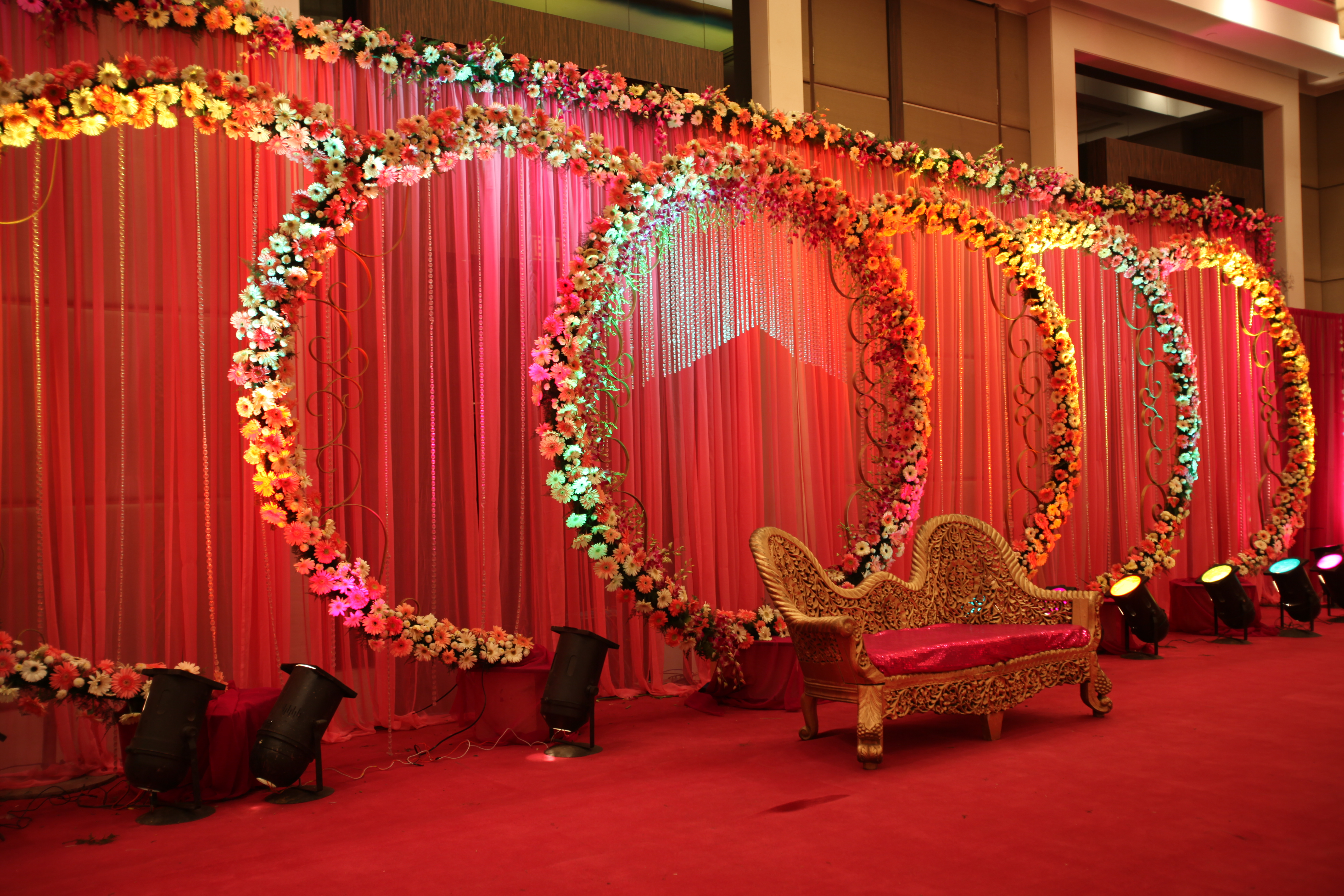 Wedding flower decoration delhi flower decorators flower decor delhi for Decoration image