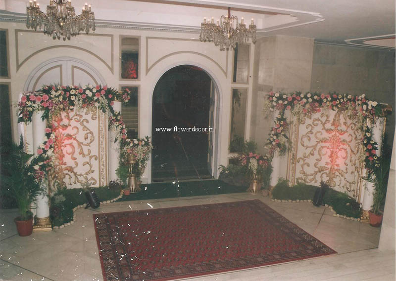 wooden Carved Banquet Entrance